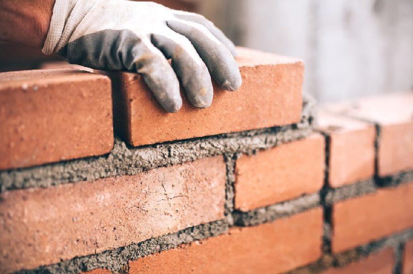 Кредит предоставляется частями, что позволяет осуществлять поэтапную оплату за строительные работы5c5b4f45348dd