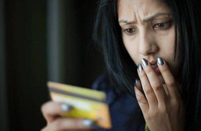 Не выполняйте подключение карты к сервису Сбербанк Онлайн, если вами обнаружена ошибка в указанных личных данных на кредитке. Обращайтесь в банк для изменений.5c5b4f866e47c