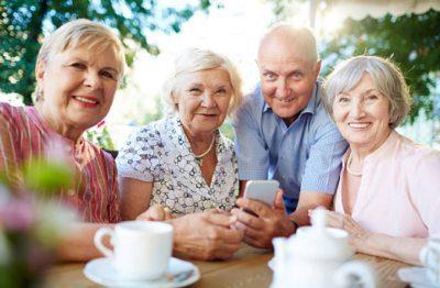 Пенсионер, у которого подключена услуга Мобильного банка будет получать СМС с информацией о зачислении5c5b56969e89e