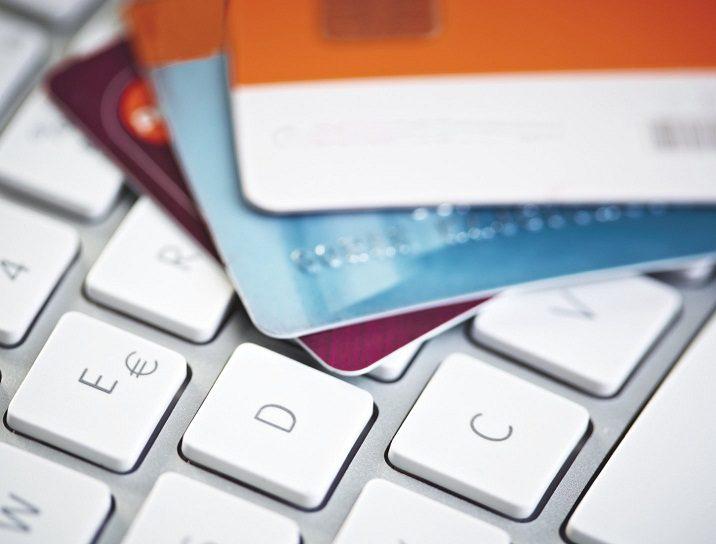 Почему кредитку для тех, кто без работы, проще заказать онлайн5c5b57b41464c