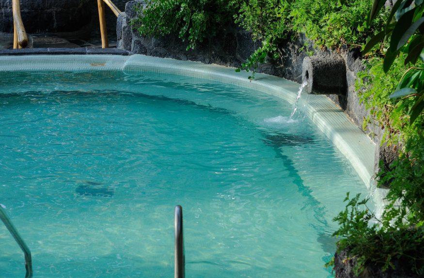 Термальная ванна в саду Посейдона5c5b5d0004903
