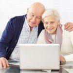 Пенсионеры за ноутбуком5c5b5e36d8f5c
