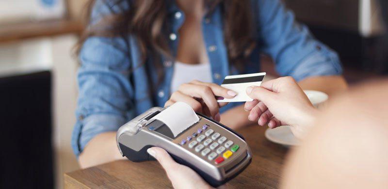 Как правильно пользоваться банковскими карточками за границей5c5b6130324d7