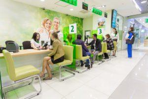 Открыть вклад в банке российские граждане могут с 18 лет5c5b63759119e