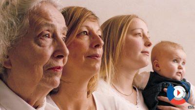 Если ваш возраст не даёт вам уверенности в том, что кредит будет одобрен банком, обратитесь за помощью к старшим родственникам. Они могут стать созаёмщиками, если ситуация безвыходная, и увеличить ваши шансы на получение кредита.5c5ac4389b821