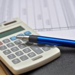 Калькулятор и ручка5c5ac3fbe8427
