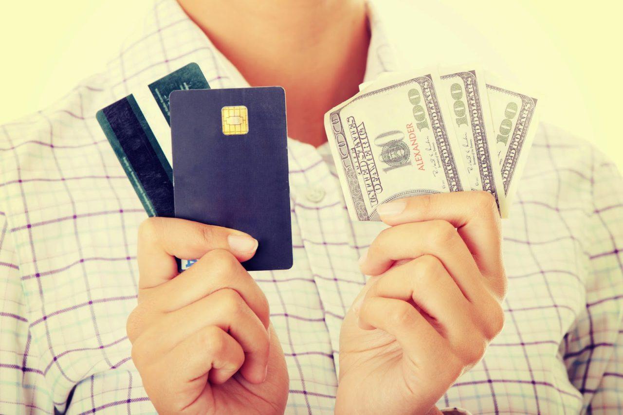 что выгоднее кредит или кредитная карта5c5ac1a3dc382