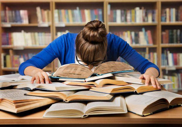 В принципе, для частного инвестирования вам поможет пара-другая книг. Для участия в управлении или создании - без специального образования и обучения не обойтись.5c5b14a014cee