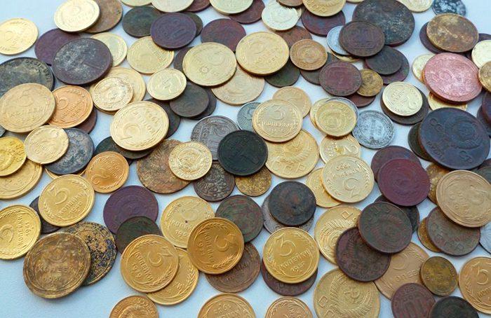 Продавать и покупать монеты лучше на специализированных форумах5c5b1e8f900ff