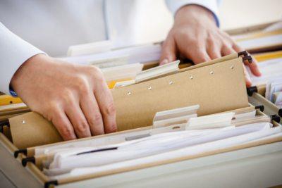 Заполнение справки о доходах поручите ответственному сотруднику бухгалтерии организации, в которой вы работаете - это защитит вас от возможных ошибок5c5b2825465cc