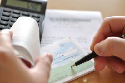 БИНБАНК предлагает услуги РКО для физических лиц по разумным тарифам, в рамках которых доступны различные операции и текущими и расчетными счетами5c5b2c98bcfa2