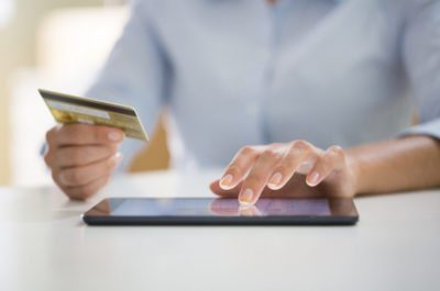 Обратите внимание, минимальный платеж по кредитной карте с грейс периодом может списываться с зарплатной карты Газпромбанка автоматически5c5b30565f3d4