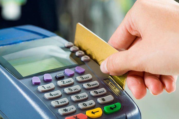 Сколько стоит перевыпуск карты Сбербанка?5c5b3250748d2