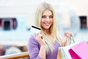Woman with credit card5c5b325e237bc