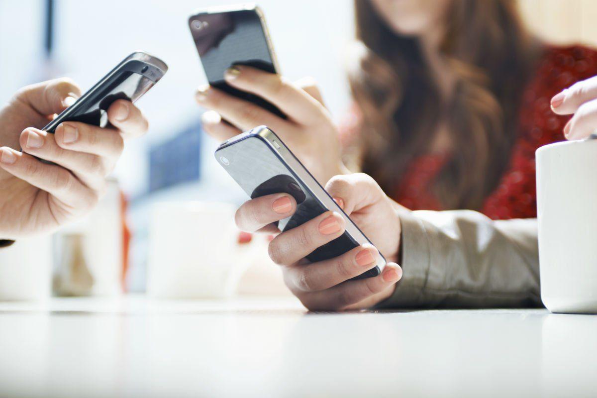 ВТБ Банк Москвы СМС банкинг: как подключить и отключить услугу, основные тарифы5c5b3302c82a8