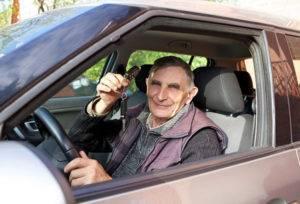 Пенсионер за рулем5c5b3830e672c