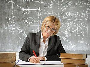 Кому положена льготная пенсия учителя за выслугу лет5c5ddbfd16178