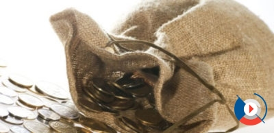 Выпуск карты Gold обходится в 350 рублей. Обслуживание золотой карты ВТБ 24 – 350 рублей в месяц, но при выполнении некоторых условий бесплатно.5c60041a8ae40