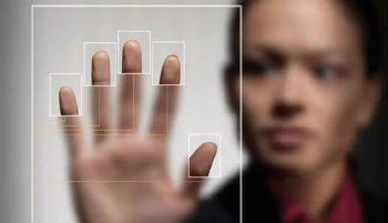 Требуя от пользователей идентификации администрация Яндекс.Денег преследует две цели: обезопасить пользователей от интернет-мошенников и улучшить производительность сервисов5cb6f6191bc33